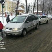 У Франківську водій-наркоман тікаючи від патрульних збив пішохода