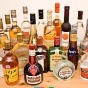 В Івано-Франківську чоловік, щоб похмелитися, вкрав з магазину напій вартістю в 700 гривень