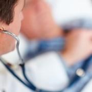 Білорусь кличе українських лікарів на зарплату $ 350