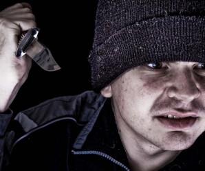 На «Софіївці», наркоман з ножем кидався на дітей та випадкових перехожих
