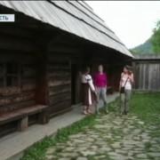 Криворівня – єдине село, де збереглися хати-ґражди, в яких досі живуть люди. ВІДЕО