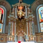 У церкві на Тернопільщині – вітражі з Бандерою (ФОТО)