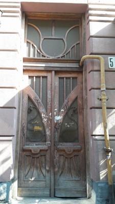 ci_dveri_na_kurbasa_skoro_vidrestavruyut_koshtamy_mecenata1