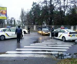Погоня у Кременчуці: 5 поліцейських машин заблокували озброєних грабіжників з Полтави