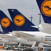 Через це одна з найпопулярніших авіакомпаній скасувала до 900 рейсів
