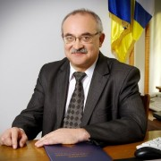 Чим володіє скандальний прикарпатський депутат-«свободівець» Василь Скрипничук