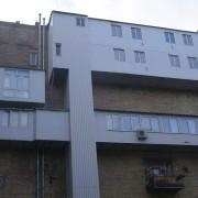 Балкон з ліфтом: цікаве життя у Києві