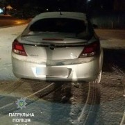 В Івано-Франківську поліція затримала водія, який вночі їхав без увімкнених фар та був дуже п'яний