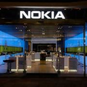Компанія Nokia відновила продаж мобільних телефонів