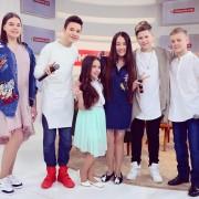 """Мукачівка Іванна Решко разом з фіналістами шоу """"Голос. Діти"""" та Тіною Кароль виконали нову пісню"""