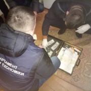 Хабар на посаді: у Франківську групі податківців загрожує до 10 років ув'язнення (ФОТО)