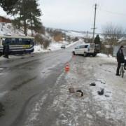 Жахлива ДТП на Прикарпатті: рейсовий автобус зіткнувся з мінівеном. Серед постраждалих 6-річний хлопчик (фото)