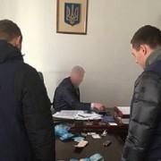 Заступника начальника Львівської митниці затримали за вимагання $15 тис. хабара від підлеглих