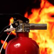 На Прикарпатті згорів готельно-відпочинковий комплекс (ФОТО)