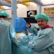 """Зробимо """"білу ворону"""" відомою: У Черкасах ортопед-травматолог оперує пацієнтів, які не в змозі платити, та сам шукає для них меценатів"""
