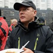 Зі свого святкового новорічного столу Ляшко нагодував бездомних на вокзалі