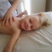 Батьки важкохворої семирічної прикарпатки благають про допомогу (ФОТО)