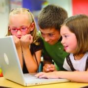 """""""Розумники"""": у ЗОШ №26 першокласники навчаються швидше з використанням інноваційних технологій. ВІДЕО"""