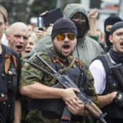 Синів розстріляли на очах у батьків: трагічна історія родини з Донбасу шокувала мережу (фото)