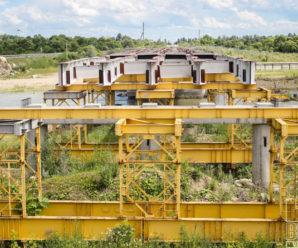 Буковелівська фірма ПБС обіцяє новий міст через річку Бистриця Солотвинська біля села Драгомирчани вже до кінця року (фото)