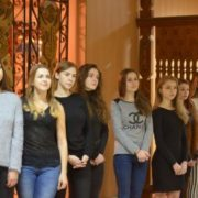 """Десять франківських красунь змагатимуться за титул """"Міс Університету нафти і газу 2017"""""""