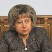 Е-декларації: Перший заступник голови ІФ ОДА задекларувала три квартири, дві машини і два кар'єри