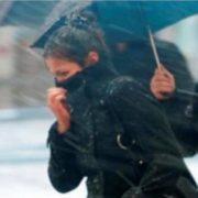 В Україну завтра йде суттєве погіршення погоди: практично скрізь очікується дощ і навіть мокрий сніг