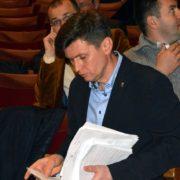 """Е-декларації: """"свободівець"""" Роман Онуфріїв задекларував будинок на 540 квадратів, більше мільйона готівки, сейфи, друкарню та 130 тисяч на підтримку партії"""