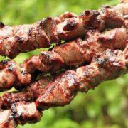Рецепт маринаду для шашлику, розказаний мені старим вірменином. Через 40 хвилин м'ясо готове!