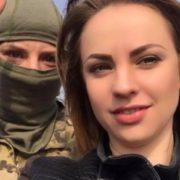 Хто дав ляпаса Чорновол: дівчина, що вдарила депутата, ховає обличчя