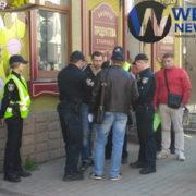 Наркомани посеред нас: у центрі Франківська затримали злодія. ФОТО
