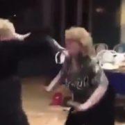 """""""Коли всі паски з'їдені"""": танець двох дам підкорив соцмережі (відео)"""