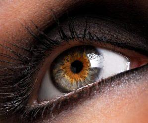 10 продуктів, які допоможуть змінити колір очей за 2 місяці