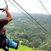 Подробиці трагічної загибелі юнака над 25-метровою прірвою у Ворохті (відео)