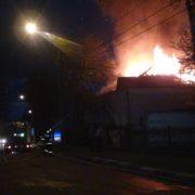 Франківські рятувальники розповіли подробиці пожежі в приватному житловому будинку (фото)