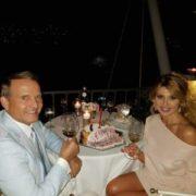 Розпуста – моє життєве кредо: в Мережу потрапили інтимні ФОТО Оксани Марченко і її чоловіка