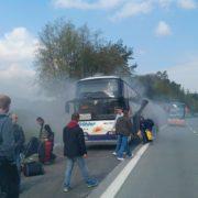 На автомагістралі Прага – Брно, спалахнув автобус, який віз пасажирів з Івано-Франківська (фото)