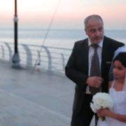 12-річну дівчинку видали заміж на 50-річного чоловіка: батьки тільки «за»! (відео)