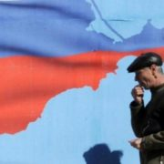 """Прозріли: кримчани попросили російську """"шваль"""" забратися з півострова"""