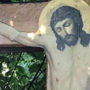 """""""Два дива за один день"""": що побачили віруючі під час молебню під Радою"""