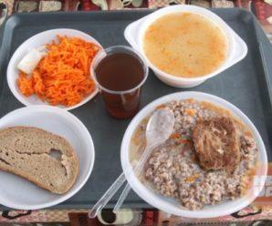 Чим годують українських солдат: як не хробаки, так ще гірше! (фото)