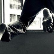Подробиці різанини в Івано-Франківську: свідок каже, що 9-річного хлопчика, з балкону, виштовхнув його 13-річний товариш (Відео)