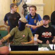 Серед молодиків, котрі штурмом брали Львівську ОДА, були і прикарпатці (відео)