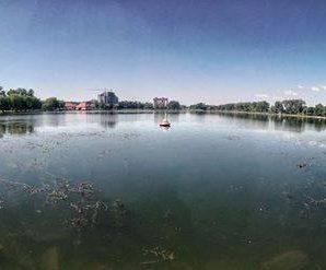 Озеро схоже на болото? Франківці «шоковані» станом міської відпочинкової зони. ФОТО