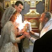Володимир Кличко і телеведуча Оксана Марченко похрестили дівчинку