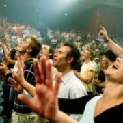 І сміх і гріх… У Франківську Свідки Єгови обікрали квартиру