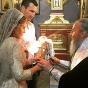 Стало відомо чию доньку хрестили сьогодні Володимир Кличко та Оксана Марченко
