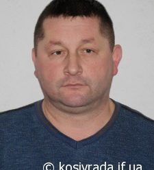 У франківську затримали п'яного екс-начальника Косівської поліції, який керував автомобілем