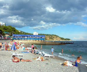 Ви що, знущаєтесь? – росіяни розповіли, чому не їдуть відпочивати в Крим (ВІДЕО)