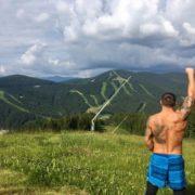 Чемпіон світу за версією WBO Олександр Усик продовжує підготовку до бою з колишнім володарем німецьким боксером Марко Хуком